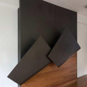 Develando,-2017,-Acero,-madera,-279x278,5x47,-EMonsalve